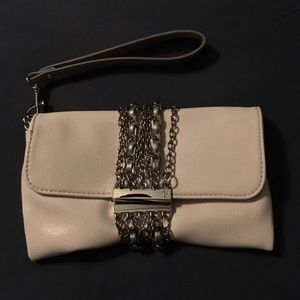White clutch/wristlet with silver chain detail